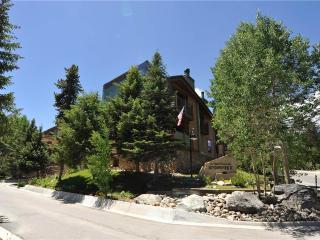 Affordably Priced In Town 2 Bedroom Condo - Sundowner II 222 - Breckenridge vacation rentals