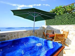 Dalmatian vacation house in Brsecine - Orasac vacation rentals