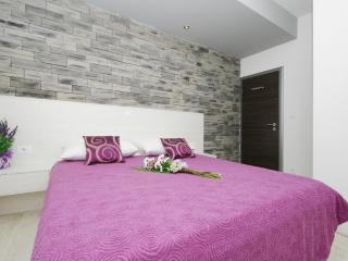 Apartment White - Podstrana vacation rentals