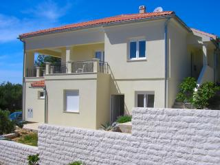 Apartments Jambrovic- A1(4+2) - Primosten - Primosten vacation rentals