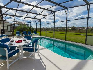 Luxury 5 bedroom Orlando villa with private pool. - Davenport vacation rentals