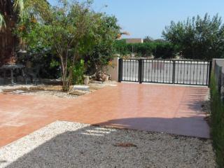 Detached Villa 3 beds overlooked to Orange field in  El Raso  Gauradmar del Segura - Alicante Province vacation rentals