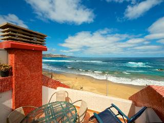 Beachfront Apartment with panoramic views at Cante - Las Palmas de Gran Canaria vacation rentals