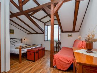 Apartments Boris - 41641-A2 - Brela vacation rentals