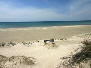 Hilltop Hideaway cottage (#782) - Sauble Beach vacation rentals