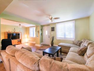 Home Away Retreat - Welland vacation rentals
