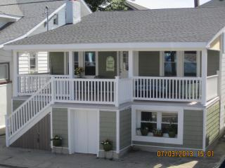 Ventnor Happy Ours Cottage 3Bd/2B- 200 Steps beach - Longport vacation rentals