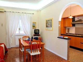 """Live"" Roma alike a local and not as a tourist. - Rome vacation rentals"