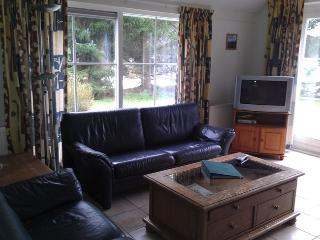 Nice Cottage with Internet Access and Dishwasher - Appelscha vacation rentals