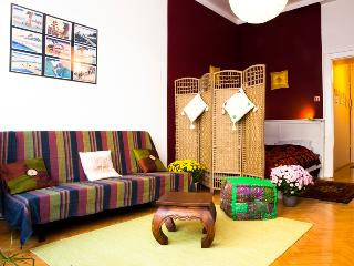 Beautiful 1 bedroom Condo in Budapest - Budapest vacation rentals