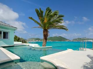 EL SUENO...lovely oceanfront villa with breathtaking views of Great Bay - Philipsburg vacation rentals