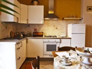 TAORMINA COMFORTABLE APARTMENT - Taormina vacation rentals