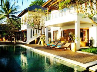 Villa Matahari Terbenam - West Nusa Tenggara vacation rentals