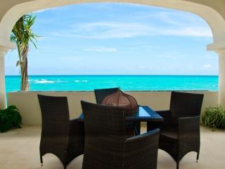Okol Paraiso A2 - Beach Front - Playa del Carmen vacation rentals