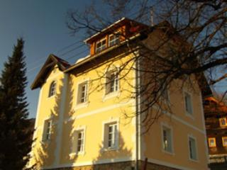 The old rectory in the evening light - The old Vicarage / Das Altes Pfarrhaus - Trebesing - rentals