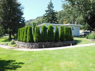 Columbia River Gorge-Hood River Cottage Rental - Hood River vacation rentals