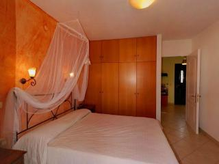 Cozy 2 bedroom Corfu Condo with Internet Access - Corfu vacation rentals