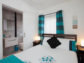 Self Catering Belfast City Apartment - Belfast vacation rentals