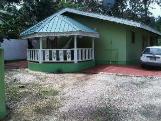 Nice 3 bedroom Villa in Grande Riviere - Grande Riviere vacation rentals