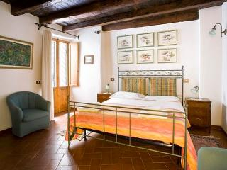 Beautiful spacious apartm, 2 bedrooms, 1,5 bath. - Italy vacation rentals