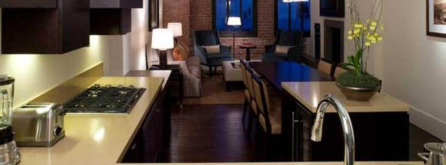 Kitchen, Living Room of City View apartment - 5 Star Fairmont Heritage at Ghirardelli Square - San Francisco - rentals