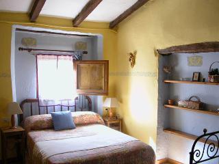 Can Solà: El Corral - La Vall de Bianya vacation rentals