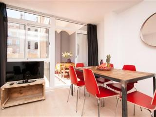 Gracia Deluxe Superior Apartment A - Barcelona vacation rentals