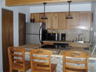 Summer Weekly Rates $550 - Taos Area vacation rentals