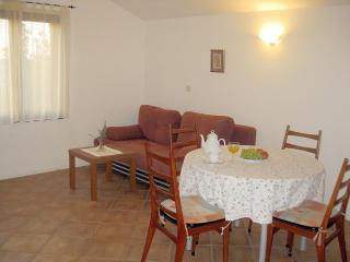 Apartments Marija - 25032-A3 - Banj vacation rentals