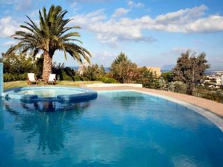 Bright 5 bedroom Villa in Chania - Chania vacation rentals