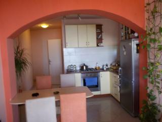 """Dolly"" -apartment, Kostrena, Rijeka - Kostrena vacation rentals"