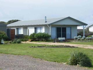 Coorong Waterfront Retreat - Meningie vacation rentals