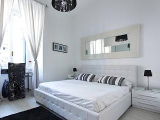 Luxury : Piazza Lima - Monza vacation rentals