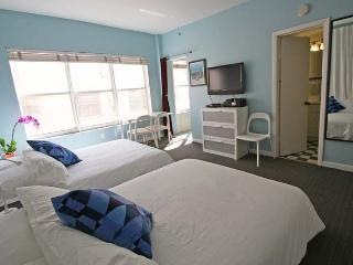 Bright Miami Beach Apartment rental with A/C - Miami Beach vacation rentals
