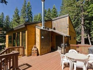 Cozy 2 bedroom Vacation Rental in Tahoe City - Tahoe City vacation rentals