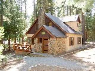 The Quandt Cabin - North Tahoe vacation rentals