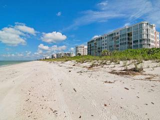 Barefoot Beach Club - Bonita Springs vacation rentals