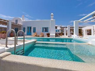 Blue Villas | Tramountana | A tranquil villa - Vourvoulos vacation rentals