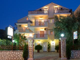 Attic apartment, 2 double rooms, Pansion Filoxenia - Lefkas vacation rentals