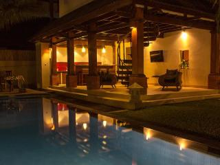 SEMINYAK 4 BRs EXQUISITE PRIVATE VILLA POOL STAFF - Seminyak vacation rentals