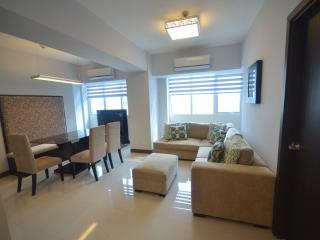 Eastwood LeGrand 1 - 2BR Condo - Safe & Clean - Quezon City vacation rentals