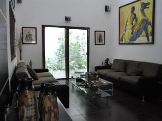 3 Bedroom Condo 2 blocks from the Beach. - Playa del Carmen vacation rentals