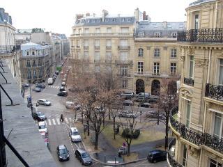 Champ Elysees Vacation Rental at Etoile Galilee - Paris vacation rentals