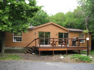 Island Club House 81 - Port Clinton vacation rentals