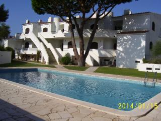Nice apartment near the beach in Albufeira for 4 p - Albufeira vacation rentals