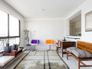 Stylish 2 Bedroom Apartment in Jardins - Sao Paulo vacation rentals