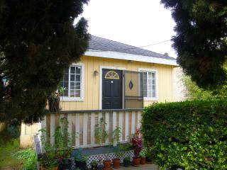 Cozy Downtown Cottage, Walk 2 Everywhere - Santa Barbara vacation rentals