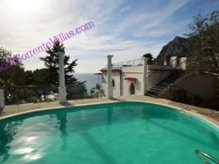 APPARTAMENTO LA GRANSEOLA A (NEW) - SORRENTO PENINSULA - Marina del Cantone - Marina del Cantone vacation rentals