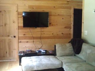 Lake Luzerne Vacation Rental sleeps 6 - Adirondacks vacation rentals