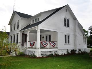 Betsie Bay House - Frankfort vacation rentals